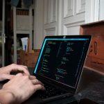 大学生がプログラミングで在宅で稼ぐ
