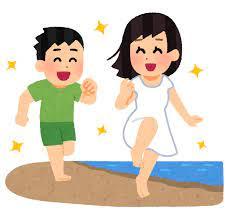 浜辺で追いかけっこをするカップルのイラスト | かわいいフリー素材集 いらすとや